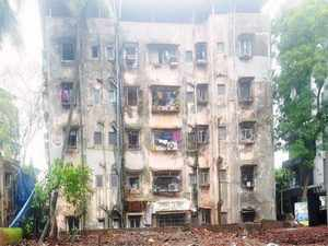 Unsafe-building-bccl