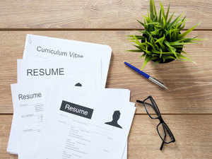jobs rising risks in job market push executives to fudge cvs the