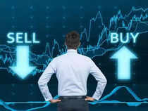 Buy or Sell: Stock ideas by experts for January 3, 2018