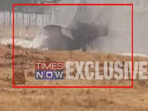 Visuals: Navy's MiG-29K fighter jet skids off runway in Goa, catches fire
