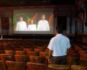 National anthem in Cinema halls: Govt urges Supreme Court to modify order