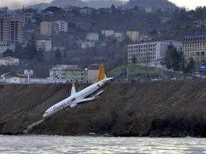 Turkey-plane-AP