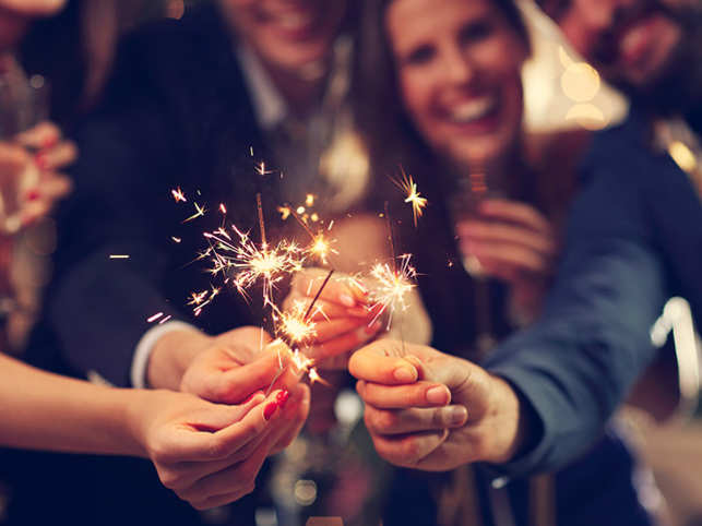 friends-celebrate-ThinkstockPhotos
