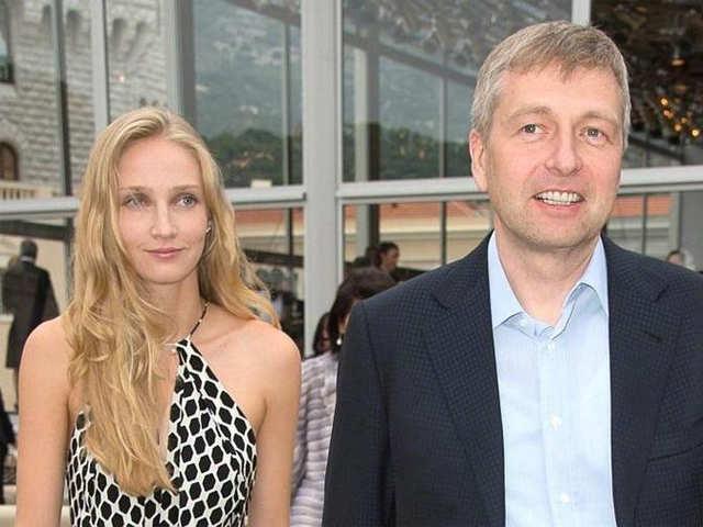 Dmitry Rybolovlev and Elena Rybolovlev - Rupert Murdoch, Bernie ...