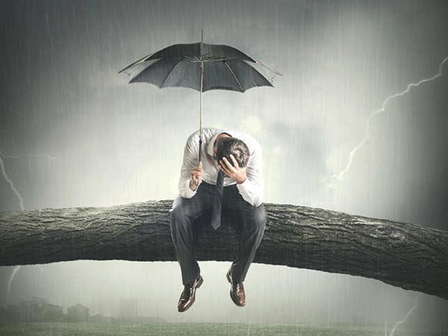 stress-sad-rain-work-lonely-FOMOThinkstockPhotos-601403390