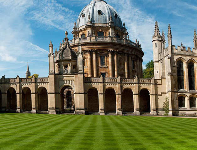 For the first time, Oxford University admits more women than men in undergraduate courses