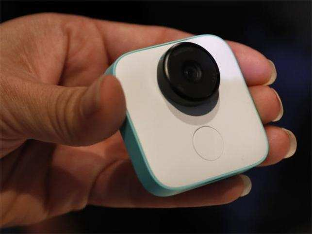 Google Clips briefly went on sale, waitlisted soon after