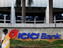 Watch: ICICI Bank Q3 net profit down 32 pct to Rs 1,650 crore