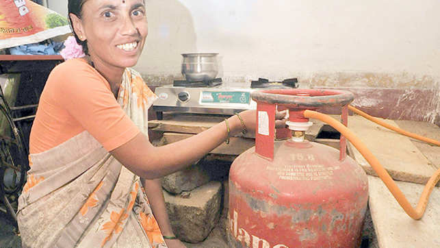 8 crore free gas connections to women under ujjwala yojana: FM Jaitley