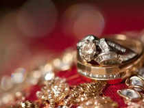 Watch: PC Jeweller tanks 60 pct in intra-day trade, ends 25 pct down