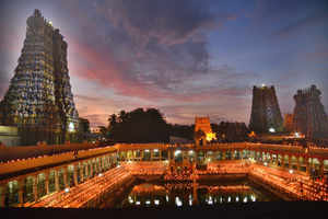 Major Fire Breaks Out At Madurai's Meenakshi Temple