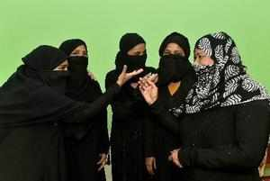 Lucknow: Muslim women react on the Supreme Court's decision on 'triple talaq' in...