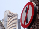 Traders' Diary: Go for hedged positions