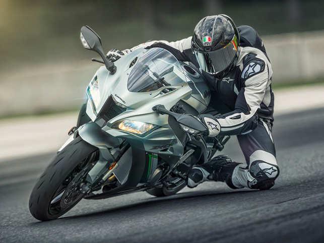Kawasaki Motors Riding In Style Kawasaki Launches Two New Ninja H2