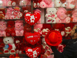 Pakistan Bans Media Coverage Of Valentine S Day Celebrations The