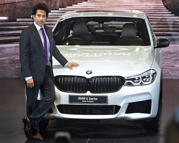 Autocar Show From Bmw To Kia All Cars At Auto Expo 2018 The Economic Times Video Et Now