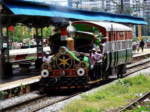 steam-locomotive-bccl