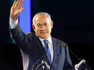 Israeli prime minister fights bribery allegations