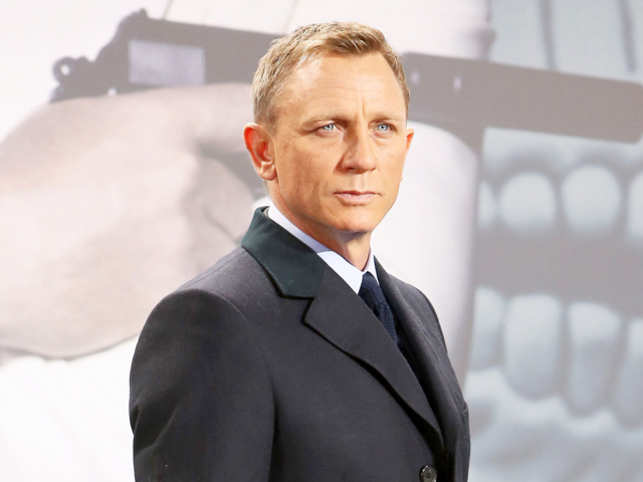 Daniel Craig auctioning off custom Aston Martin