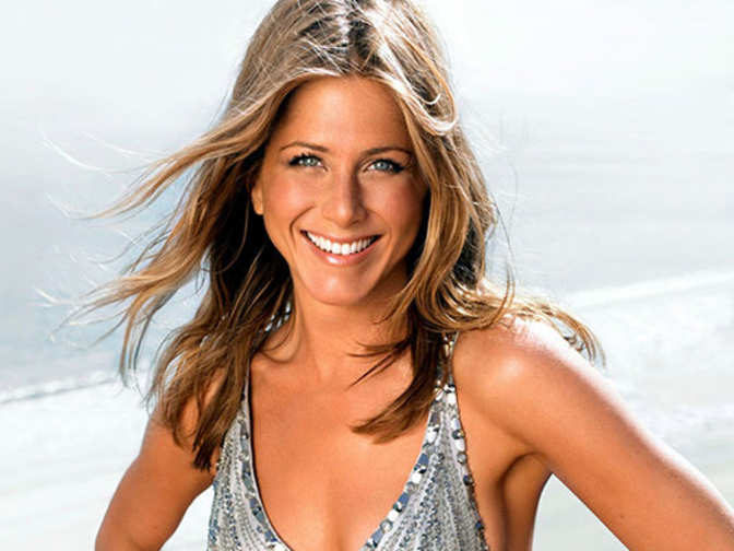 Jennifer Aniston Here S Why Tabloids Are Going Gaga Over