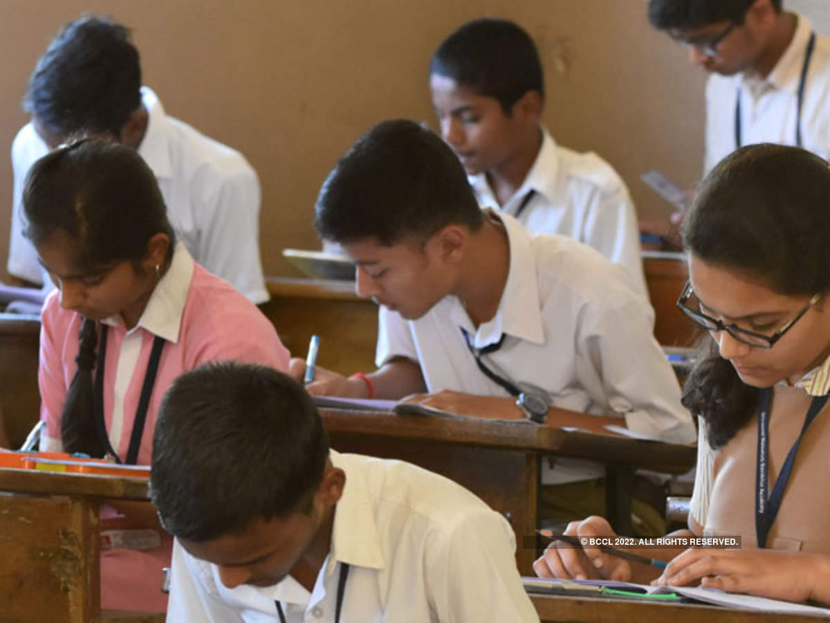 cbse: Schools can't withhold admit cards of board students