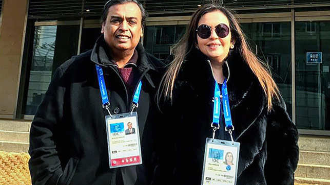 Mukesh Ambani leads Forbes' richest Indian list with $40 bn