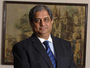 Logical for banks to not let defaulters flee: Aditya Puri, HDFC bank