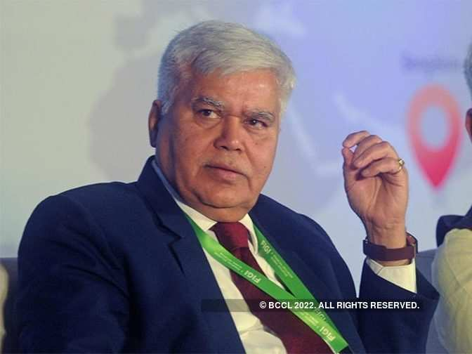 Trai chief RS Sharma bats for rapid fiberisation for broadband penetration
