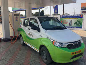 Electric Car Price In India Mahindra Ford Sign Mou To Co Develop
