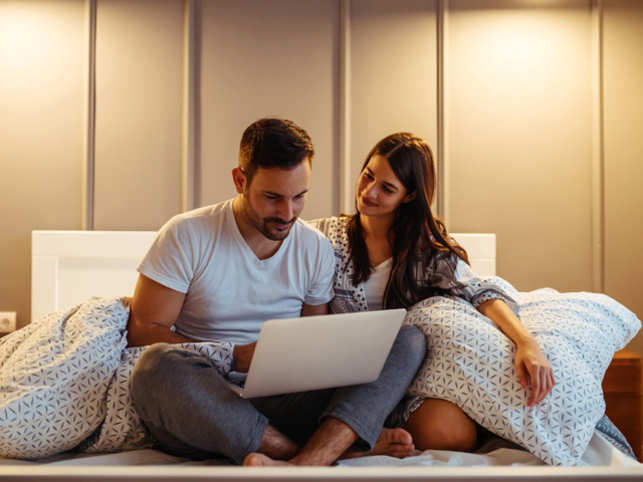 Online Platforms Help Live In Couples Find A Home Together