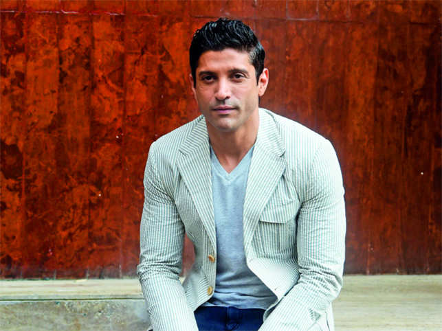 Farhan Akhtar permanently deletes his Facebook account
