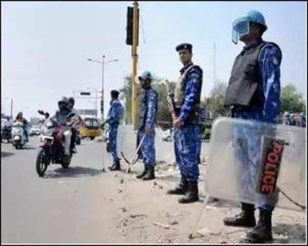 Bharat Bandh by Dalit groups: Protesters block rail movement in Bihar,  Odisha, Punjab