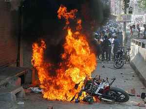 Bharat Bandh: Dalit protests peak over SC/ST Act controversy, 7 killed
