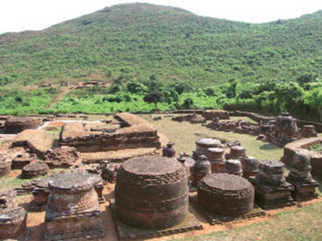 The density of historic remains at Udayagiri leaves visitors amazed.