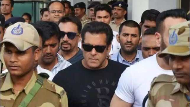 Salman Khan jailed for 5 years in poaching case
