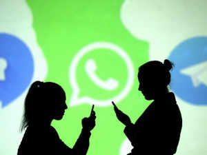 WhatsApp: Experts cast doubt on privacy features of Facebook-owned