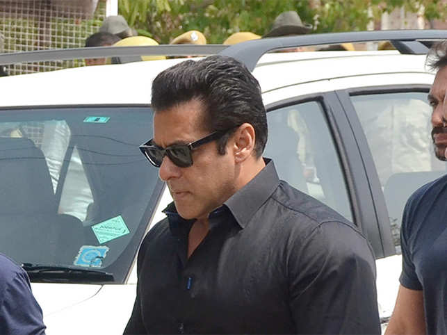Salman asked for newspapers after a restless night in Jodhpur jail