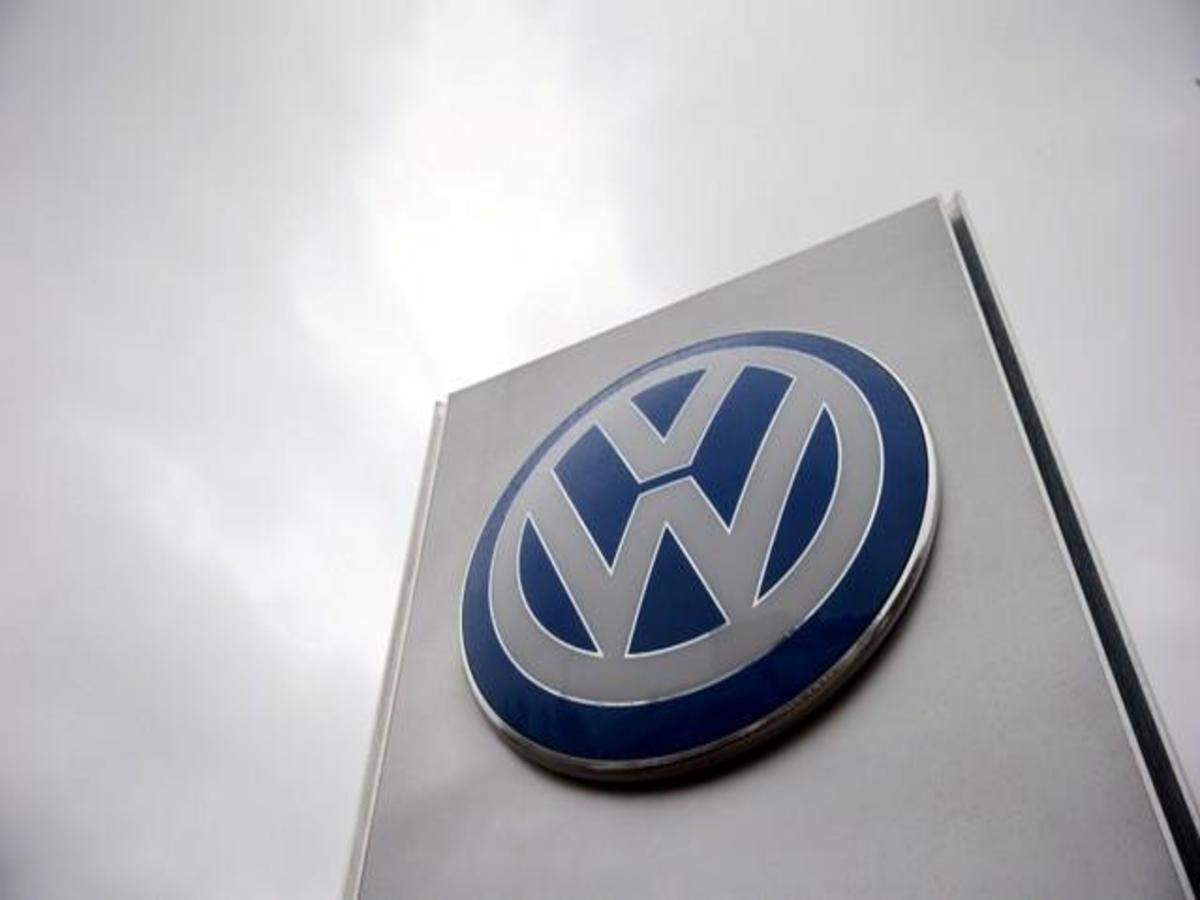 Volkswagen Vw Eyes It Banking Professionals In India To Drive Sales