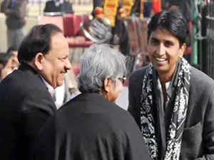 AAP founder member Kumar Vishwas axed as Rajasthan in-charge, takes a dig at Kejriwal
