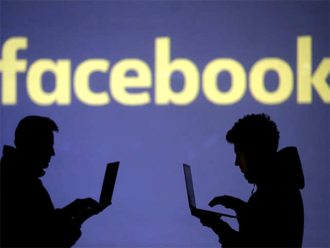 Facebook courts more trouble now for allowing photo tagging facebook courts more trouble now for allowing photo tagging without permission altavistaventures Images