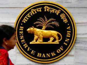 RBI denies cash crunch, ramps up printing of notes