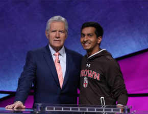 Indian-American teen wins USD 100,000 in a US quiz show