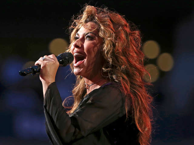 Dr D's column: Shania Twain should use humour to tackle the Trump controversy