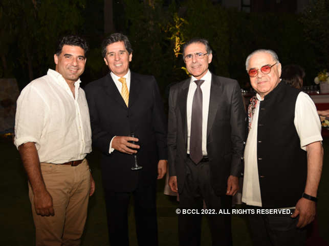 Vivek Burman (extreme right) with son Gaurav and guests