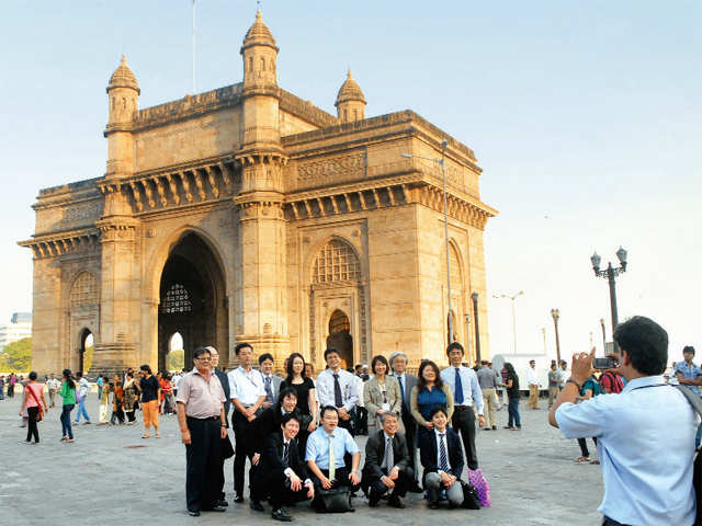 PM Modi invites enthusiasts for Swachh Bharat Summer Internship to boost tourism