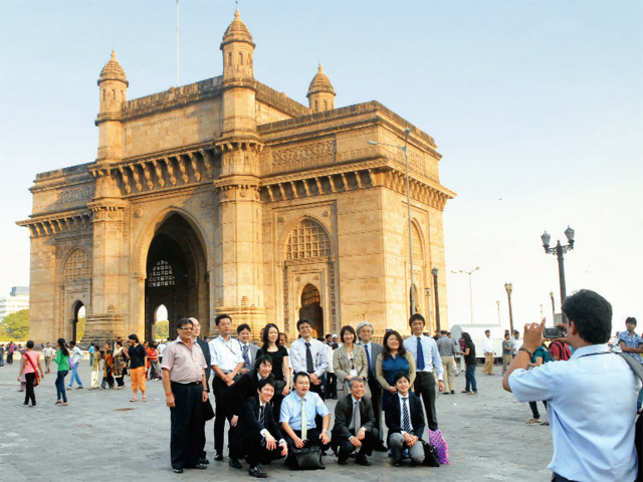 Tourists at Gateway Of India, Mumbai.