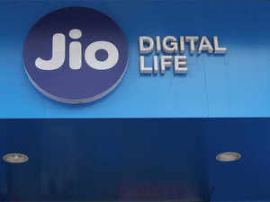 New 'zero touch' JioPostpaid with Rs 199 per month unlimited plan