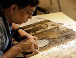 Changing face of contemporaryart: 15 artists conduct national printmaking workshop in Bengaluru