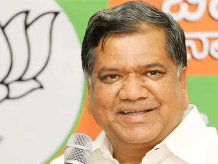 Former CM Jagadish Shettar of BJP leading by 3,000 votes in Hubballi-Dharwad Central