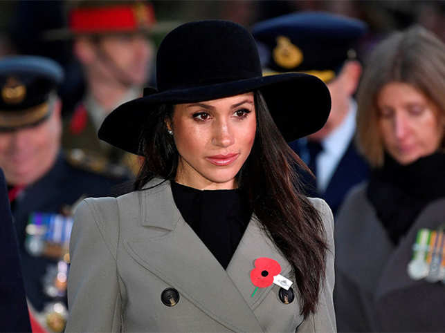 Meghan Markle confirms her father will miss wedding